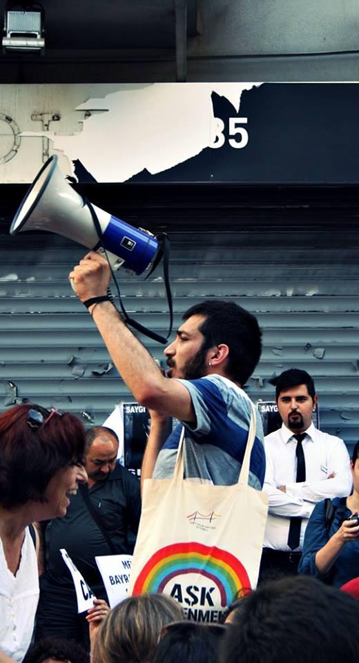 Levent Piskin Ibne Gezi Parki Nda Carka Cikan Lubunya Demek